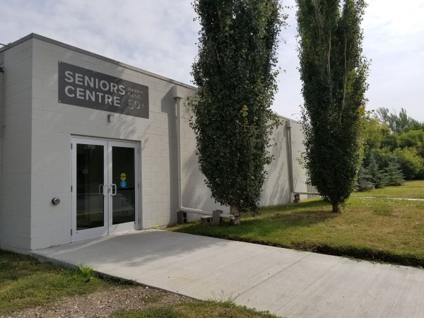 outdoor view of seniors drop in centre